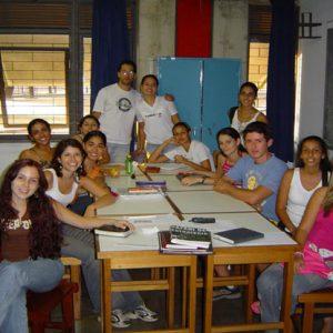 2003.3 As sócias fundadoras da Raízes estão no grupo de fundação e gestão dessa empresa experimental