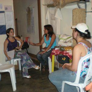 2009.6 Com a querida Leila na Associação de Artesãos de Botumirim