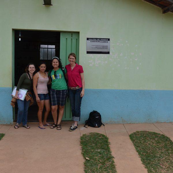 2011.8 Christina Heineger visita o Jequitinhonha - início do projeto de TBC