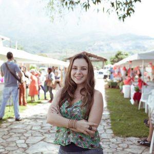 2016.07 Mariana é indicada ao Prêmio Cláudia na categoria Negócios